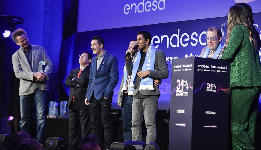 Momentazo en los Premios Gigantes: ¡a sus pies, Campeones!