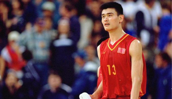 Estados Unidos puso precio a la cabeza de Yao Ming en los JJ.OO. de 2000