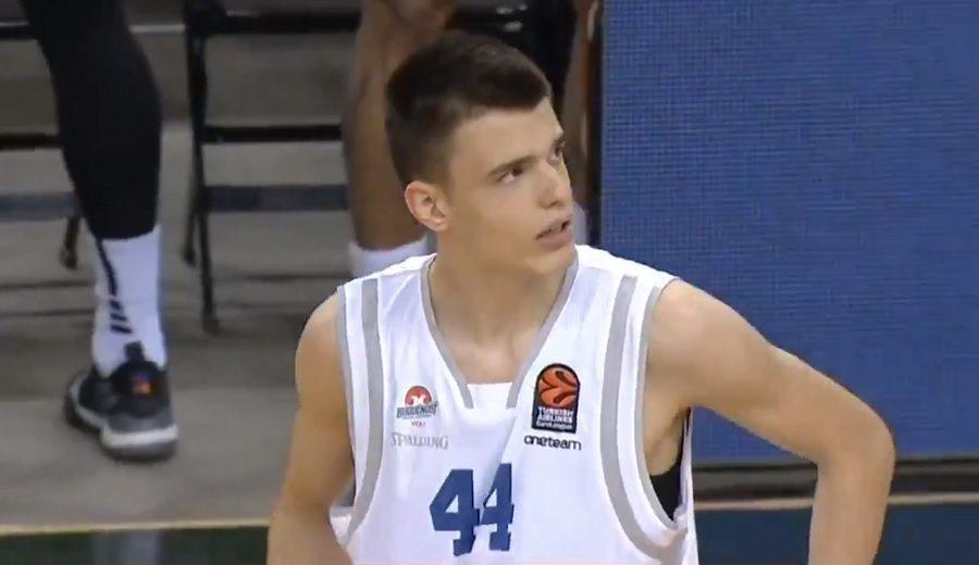 Fedor Zugic se convierte en el jugador más joven en debutar en la Euroliga