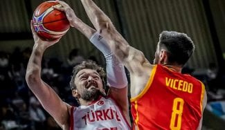 España termina las 'ventanas' del Mundial: paliza a Turquía con Vicedo inmaculado