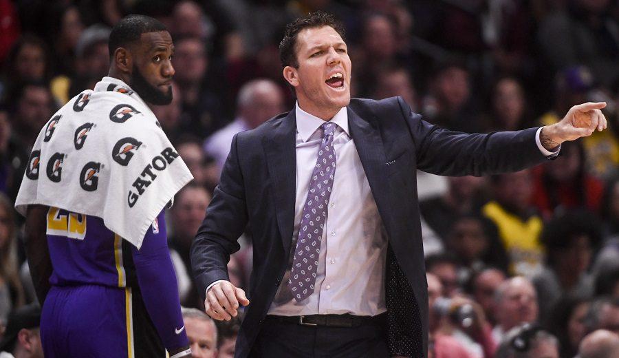 Más cambios en los Lakers: se confirma la destitución de Luke Walton