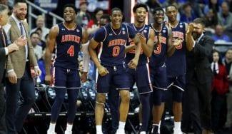 Kentucky y Duke sobreviven en una noche mágica para Auburn