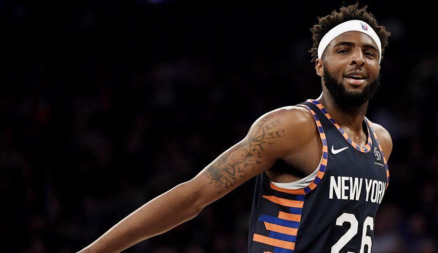 El curioso caso de Mitchell Robinson: 4 agentes en su 1º año en la NBA