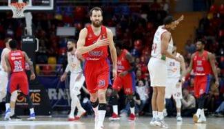 El CSKA suma el primer punto de los playoffs ante el Baskonia
