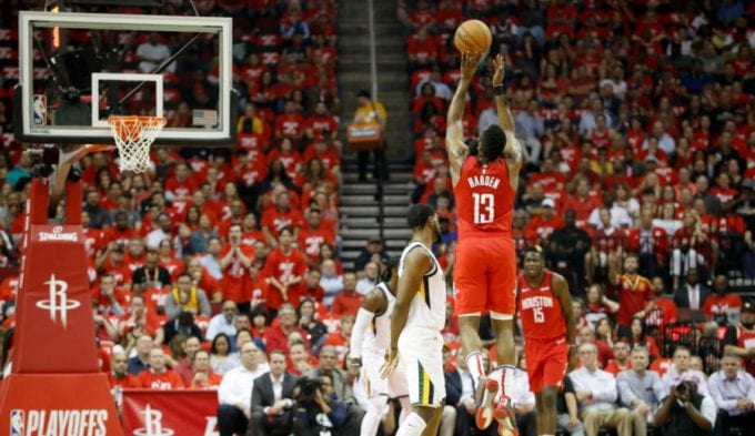 Un brillante Ricky queda eliminado y los Rockets esperan rival