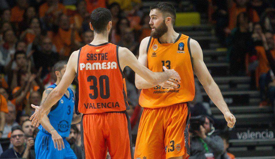 El Valencia Basket se adelanta en la final de la Eurocup