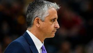 El primer entrenador europeo de la NBA 'sólo' dura una temporada