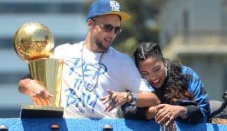 Ayesha Curry se lleva el premio a trol del año en la NBA