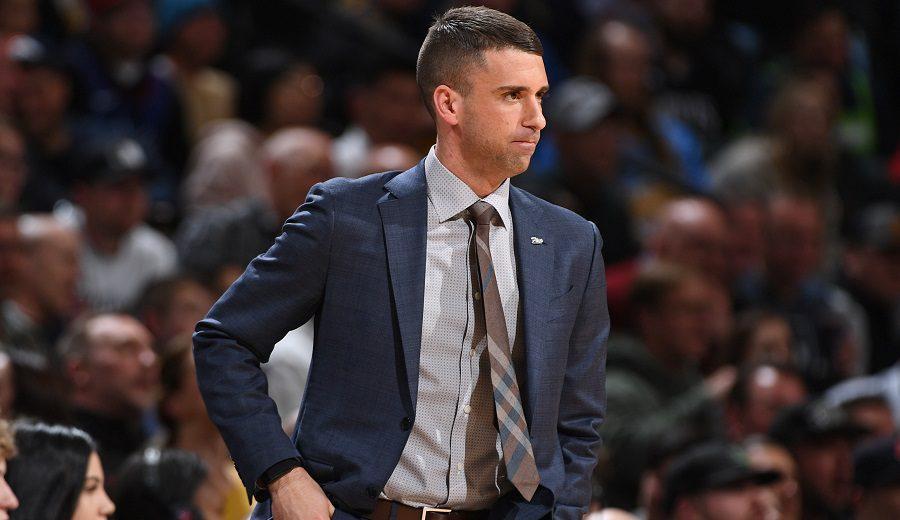 Ryan Saunders, el entrenador más joven de la NBA, renueva con los Wolves