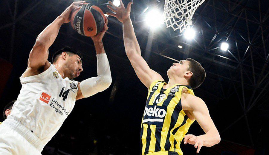 Campazzo, 15 asistencias, y Ayón, 11 tiros sin fallo, solventan el trámite ante Fenerbahçe