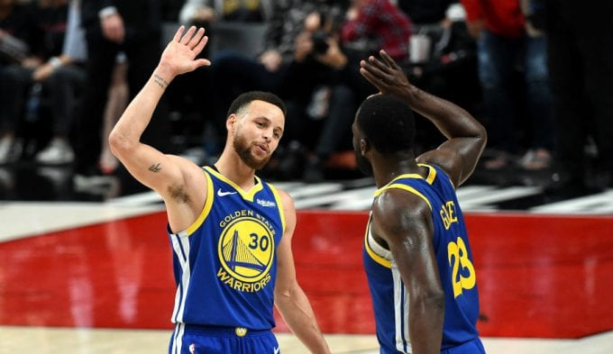 Los Warriors ya acarician las Finales NBA: devastadores Curry y Green