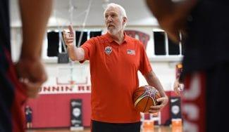 Popovich y las reglas FIBA: «Son diferentes. He tenido que concentrarme»