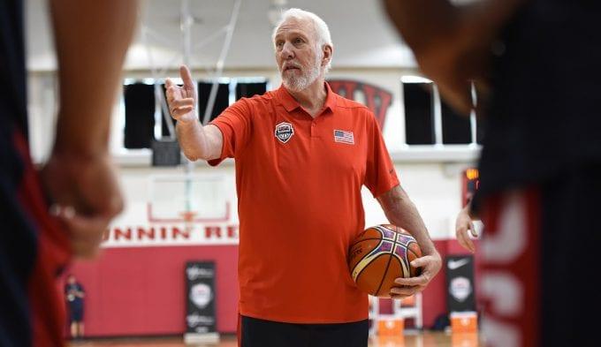"""Popovich y las reglas FIBA: """"Son diferentes. He tenido que concentrarme"""""""