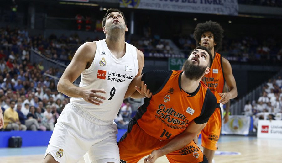 Otra fiesta del Madrid: otra victoria fácil y otro récord de Felipe Reyes