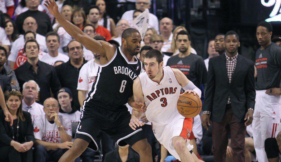 ¿A la NBA un lustro después? Oferta de Toronto por Nando de Colo