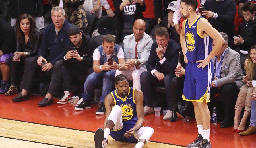 El GM de Warriors anuncia entre lágrimas la grave lesión de KD