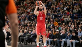 El Olympiacos rearma su posición de base: renueva a Spanoulis y ficha en la NBA