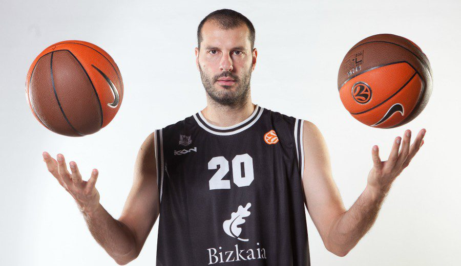 ¿Te acuerdas de Kakiouzis? Con 42 años, será entrenador… ¡en Chipre!