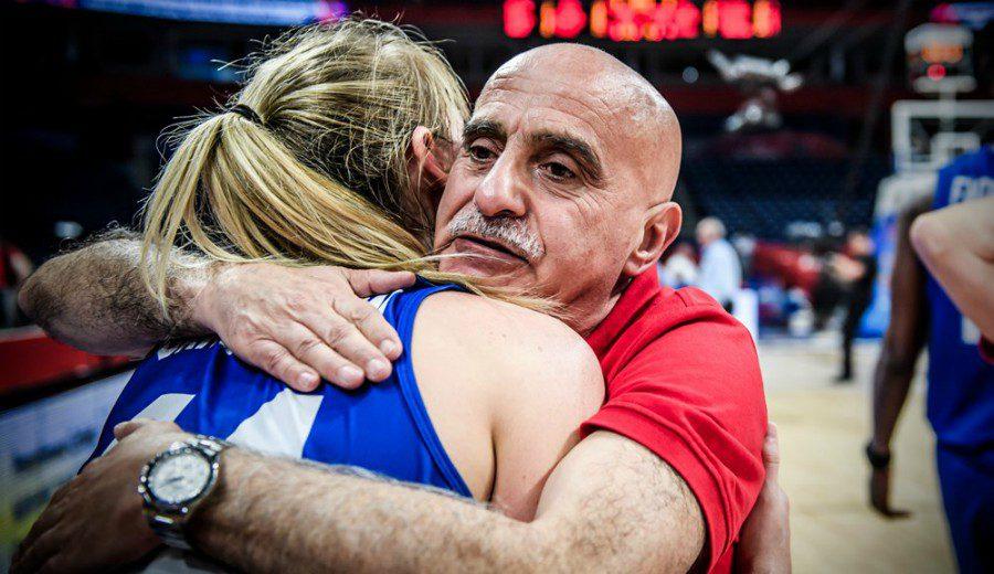 Reino Unido hace historia en el Eurobasket… con un entrenador español