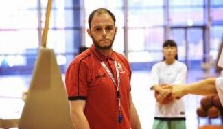 Dani Corona, el coach producto nacional que vuelve del extranjero