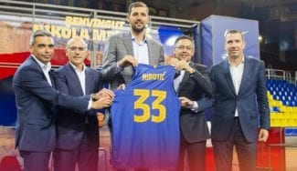 Mirotic, presentado: «Quiero marcar una época en el Barça»
