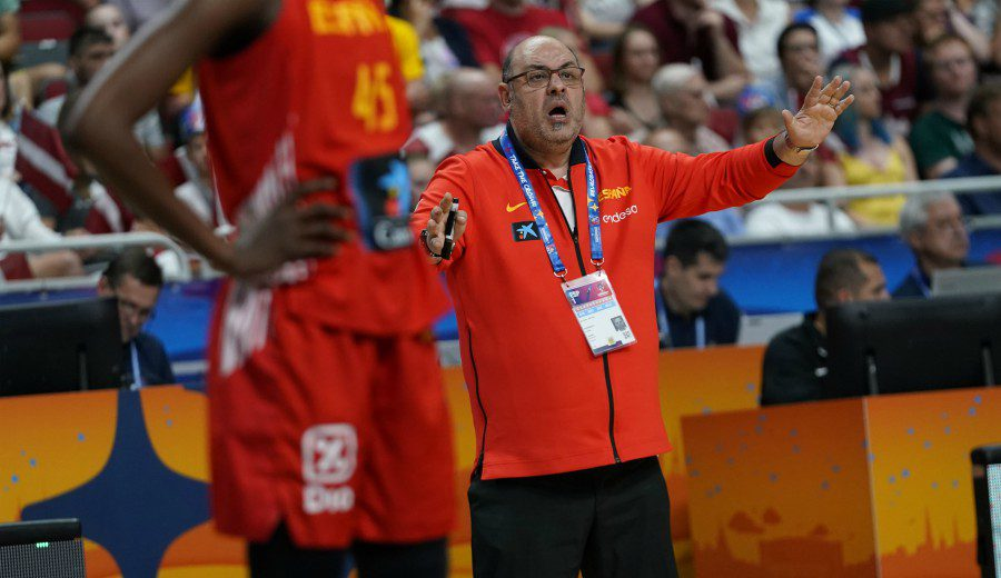 Lucas Mondelo, molesto con Letonia tras meterse en cuartos