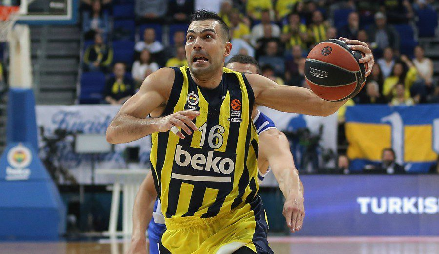 """Sloukas y su motivo para seguir en Europa: """"No estoy para la NBA"""""""