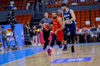 España gana un emocionante choque a Argentina: show de Ricky Rubio