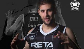 Iván Cruz continúa en el RETAbet Bilbao Basket