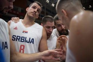 Nemanja Bjelica no jugará en el debut de Serbia: Djordjevic le reserva