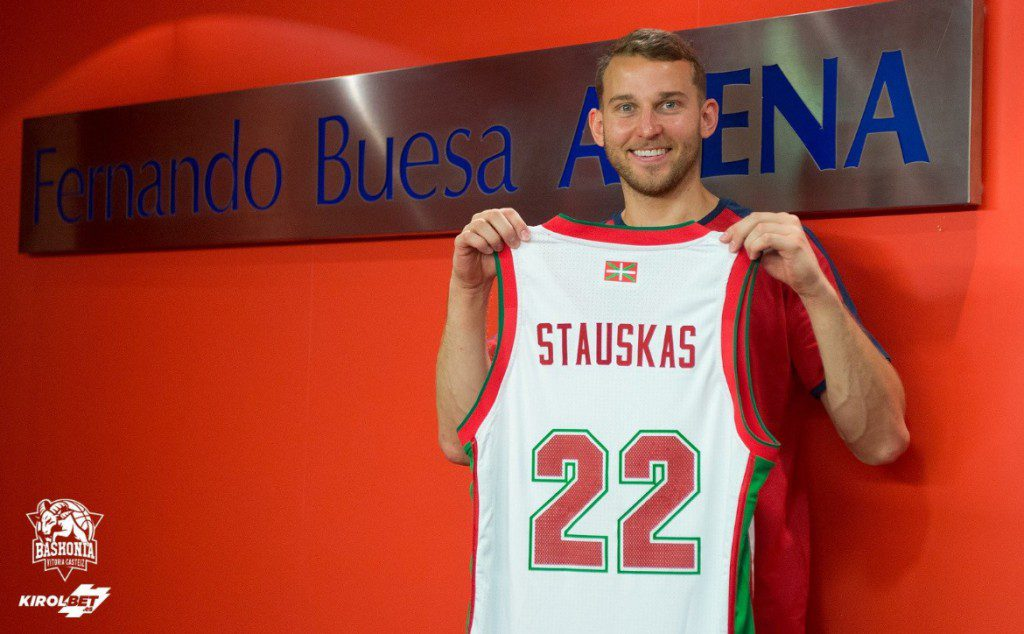 Primeras palabras de Stauskas en el Baskonia: «Puedo ser un líder»