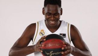 Usman Garuba: una semana con el primer equipo, dos grandes marcas
