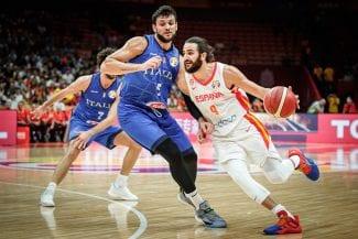 Ricky elogia la defensa de España: «Es un partido para enseñar»