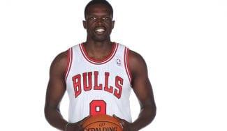 Luol Deng anuncia su retirada, pero lo hará como jugador de los Bulls