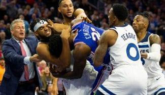 El combate de invictos lo ganan los 76ers: pelea entre Towns y Embiid