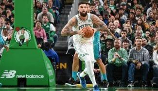 ¿Cómo se enamoró Poirier de los Celtics? Jugando… ¡al NBA2K en la play!