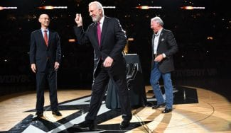 Sigue el culebrón China-NBA: Popovich respalda a Adam Silver
