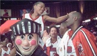 Una anécdota de Michael Jordan contada por su 'víctima'. Bow Wow y unas zapatillas de Iverson, protagonistas… (Vídeo)