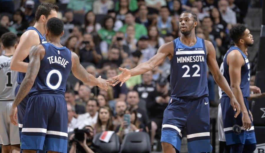 Movimiento en el mercado NBA: Atlanta y Minnesota intercambian piezas