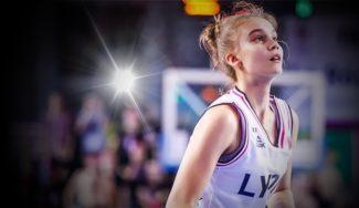 ¡Historia de la EUROLIGA! La niña lituana de 14 años debuta con el Asvel de Parker