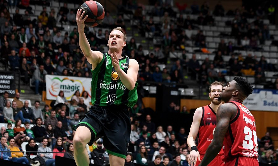 El Joventut condena la actitud de su jugador Kremen Prepelic ante los árbitros