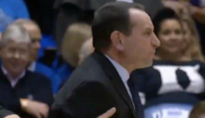 Mike Krzyzewski, muy enfadado en la NCAA… con su propio público (Vídeo)