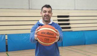 La historia de un superviviente: Rafael Piña, de superar un cáncer… a brillar entrenando en LEB Plata