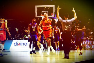 El Valencia Basket puede con el Barça y jugará las semifinales de la Copa del Rey