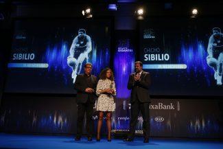 Nunca nos olvidaremos de ti: el emocionante homenaje a Chicho Sibilio