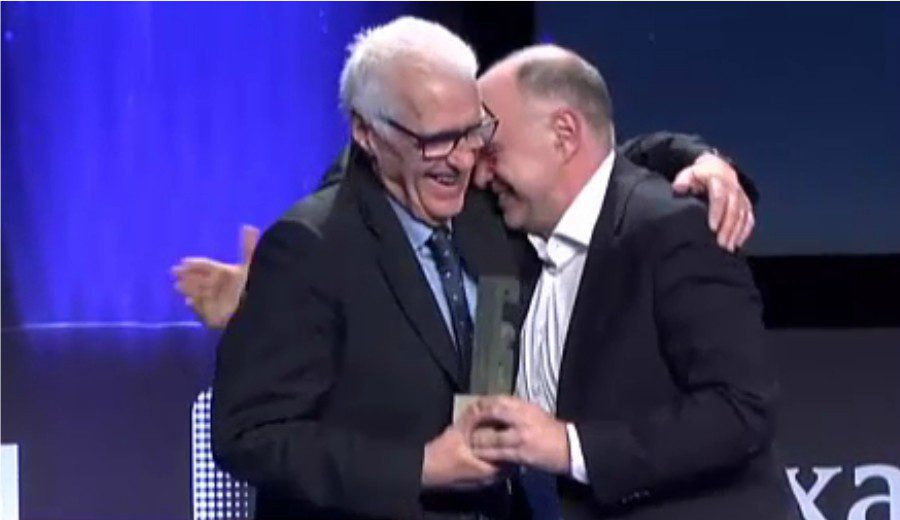 El emotivo discurso de Lolo Sainz en los Premios Gigantes tras recibir el Entrenador de Leyenda