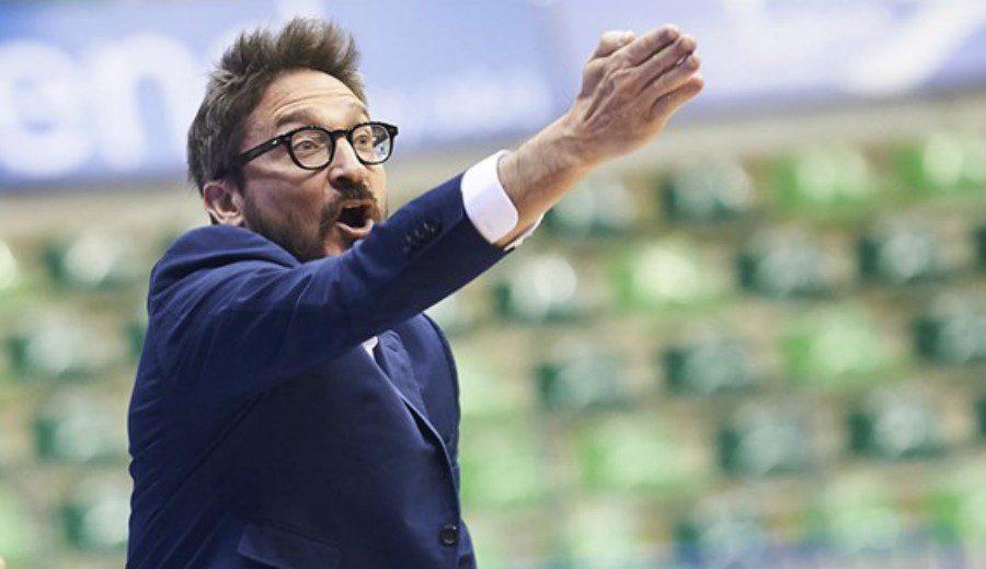 Pozzecco, entrenador del rival del Burgos, enfadado en rueda de prensa. Abandonó así tras una pregunta… (Vídeo)