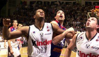 La única Euroliga resuelta en cinco partidos: vuelve a ver el quinto partido de las Finales 2001 (PARTIDO COMPLETO)