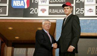Joel Freeland y la historia detrás de su elección en el Draft NBA jugando aún en EBA…