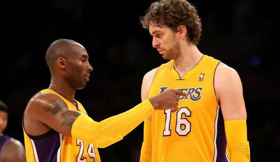 La trasnochadora bienvenida de Kobe Bryant a Pau Gasol en los Lakers
